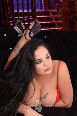 Chubby Escort Ladie Liona from Berlin with XXL Mega large breasts loves sex & eroticism